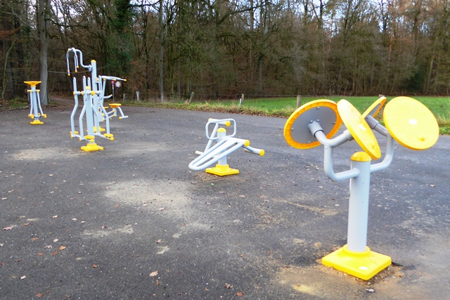 Outdoor-Fitnessplatz in Quendorf